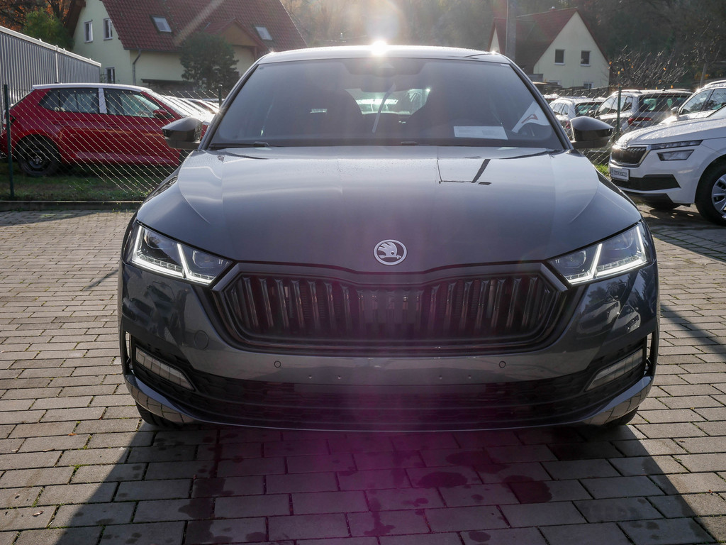 Octavia 1.5 TSI First Edition LED STANDHZ ACC